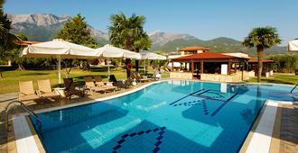 Ariadni Hotel Bungalows - Thasos Town - Piscina