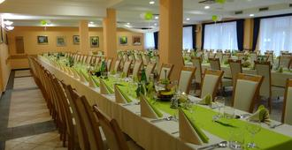 Rooms Hochkraut - Celje - Restaurante