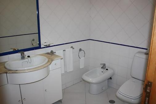 阿爾加維莫公寓酒店 - 波提茂 - 波爾蒂芒 - 浴室