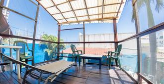 Hostel Playa by the Spot - פלאיה דל כרמן - מרפסת
