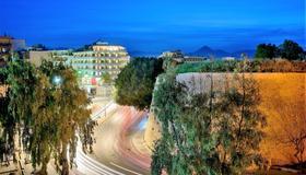 Castello City Hotel - Heraklion - Gebäude