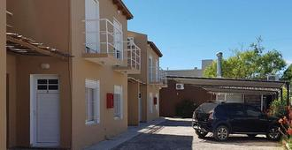 Hosteria La Paloma - Las Grutas - Building