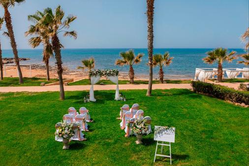 Aquamare Beach Hotel & Spa - Paphos - Banquet hall