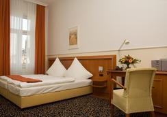 Strandhotel Hohenzollern - Borkum - Bedroom