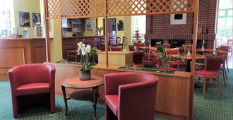 Acron-Hotel Quedlinburg - Quedlinburg - Sala de estar
