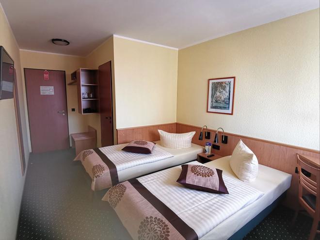 Acron Hotel Quedlinburg - Quedlinburg - Makuuhuone