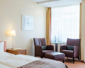 Regena Gesundheits-Resort & Spa - Bad Bruckenau - Bedroom