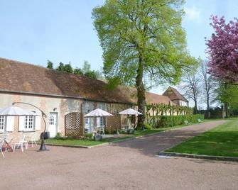 B&B Château de la Houssoye - La Houssoye - Building