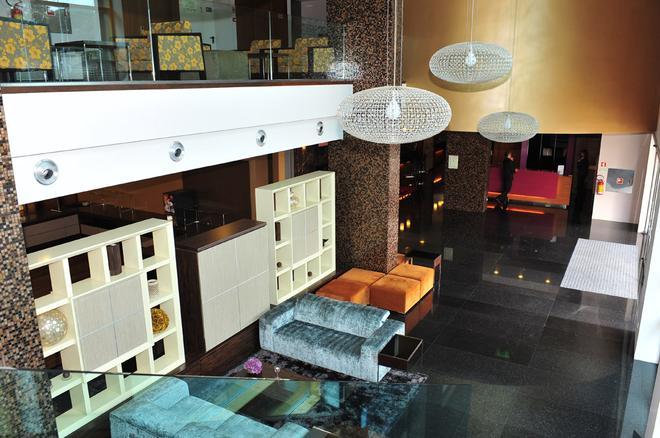Axis Porto Business & Spa Hotel - Porto - Lobby