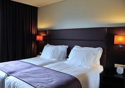 軸波爾圖商務溫泉酒店 - 馬特辛諾斯 - 波爾圖 - 臥室
