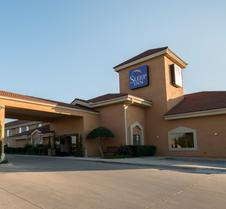 Clarion Inn And Suites Dfw North