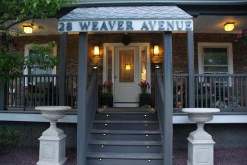 Admiral Weaver Inn - Newport - Toà nhà