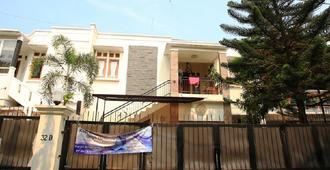 RedDoorz @ Pondok Pinang 2 - South Jakarta - Edificio