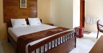 RedDoorz near Pondok Pinang - South Jakarta - Bedroom