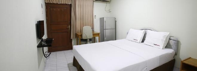 WTC 蘇迪曼附近 2 號瑞德多茲普拉斯酒店 - 雅加達 - 南雅加達 - 臥室