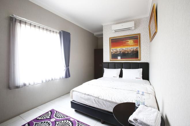 斯利皮加雅瑞德多茲酒店 - 雅加達 - 西雅加達 - 臥室