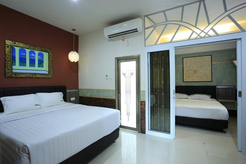 The Kings Villas And Spa Sanur - Denpasar - Bedroom