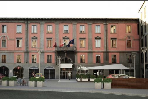 Arli Hotel Business and Wellness - Bergamo - Rakennus