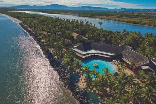 DoubleTree Resort by Hilton Fiji - Sonaisali Island - Νάντι - Παραλία