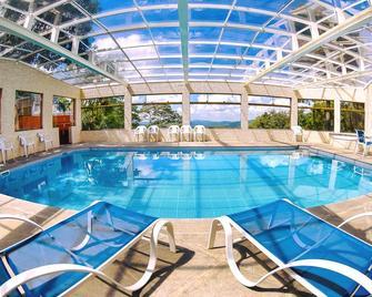 Hotel Refugio Vista Serrana - Mairiporã - Pool