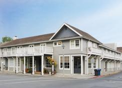 El Dorado Hotel - Sonoma - Building