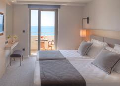 Hotel Royal Neptun - ดูบรอฟนิก - ห้องนอน