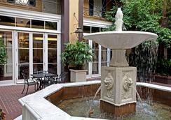 Hotel Mazarin - New Orleans - Outdoor view