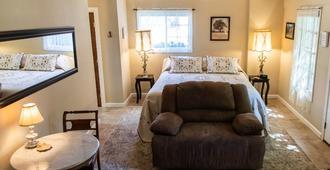 The Fillmore Inn - Twin Falls - Bedroom