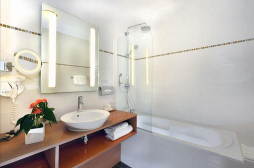 Best Western Plus Hotel de la Regate - Νάντη - Μπάνιο