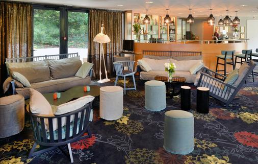 Best Western Plus Hotel de la Regate - Νάντη - Bar