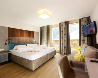 Hotel Nassereinerhof - St. Anton am Arlberg - Bedroom
