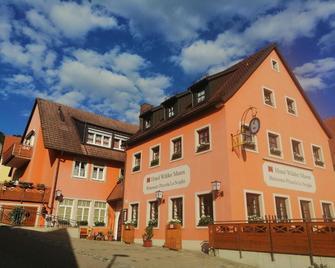 Hotel Wilder Mann - Feuchtwangen - Buiten zicht