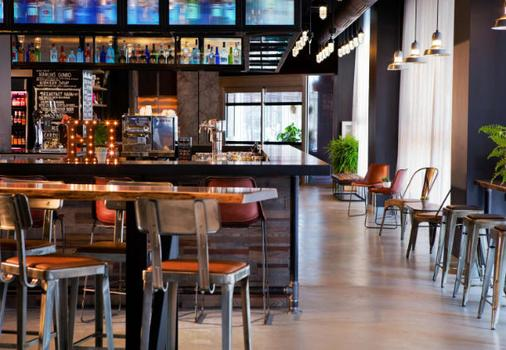 Moxy New Orleans Downtown/French Quarter Area - New Orleans - Ruoka
