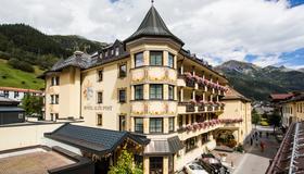 Hotel Alte Post - Sankt Anton am Arlberg - Building