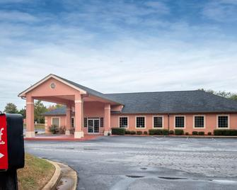 Red Roof Inn & Suites Madison, GA - Madison - Edificio