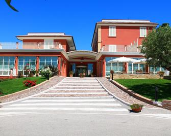 Il Parco Sul Mare Resort & Spa - Tortoreto - Building