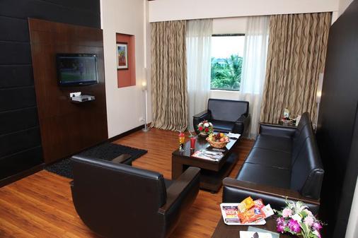 Pal Heights - Bhubaneshwar - Living room
