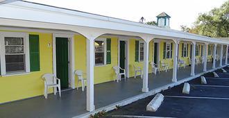 Jonathan Edwards Motel - Dennis Port - Κτίριο