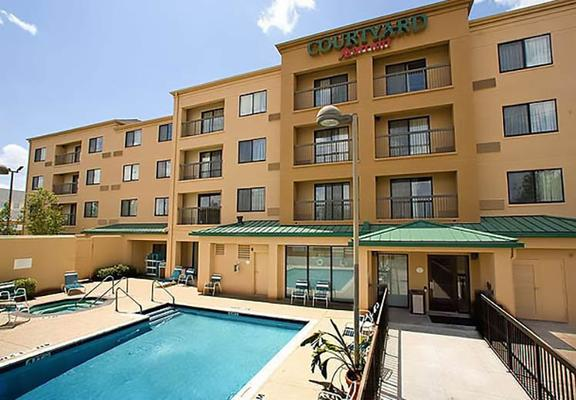 Courtyard by Marriott Houston Sugar Land/Stafford - Stafford - Κτίριο