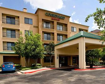 Courtyard by Marriott Houston Sugar Land/Stafford - Stafford - Building