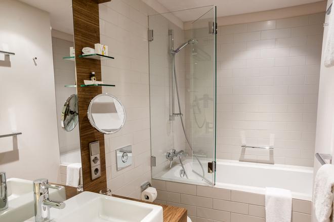 Hotel Stadtpalais - Cologne - Bathroom