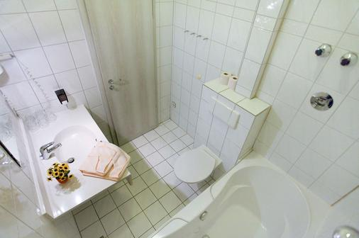 Hotel Atlantic Berlin - Berlin - Bathroom