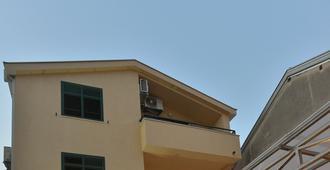 Villa Fortuna - Mostar - Building