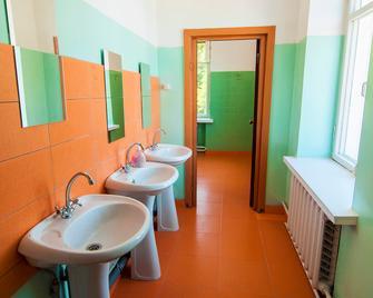 Hostel Outdoor - Кисловодск - Ванная