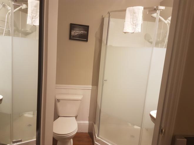Suites of Euston - Σαρλότετάουν - Μπάνιο
