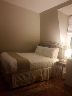 Suites of Euston - Шарлоттаун - Ванная