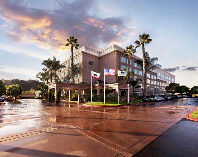 DoubleTree by Hilton San Diego - Del Mar - San Diego - Rakennus