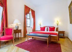 Romantik Hotel Burgkeller & Residenz Kerstinghaus - Meissen - Phòng ngủ