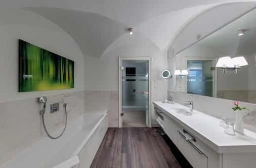 Romantik Hotel Burgkeller & Residenz Kerstinghaus - Meissen - Bathroom
