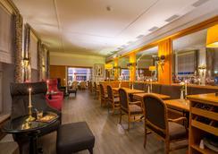 Romantik Hotel Burgkeller & Residenz Kerstinghaus - Meissen - Bar